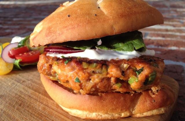 Salmon-Burger1
