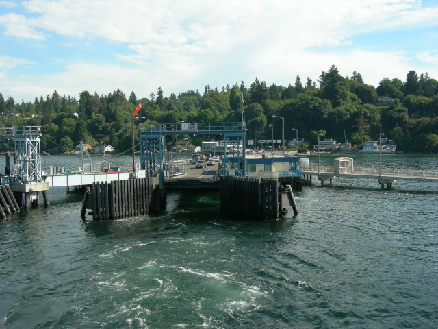 Vashon_ferry_dock_01