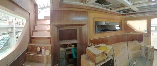 10 -Wide view of Pilothouse to FB and Galley
