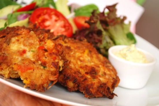 crab-cakes-nat-kitchen-018-640x428
