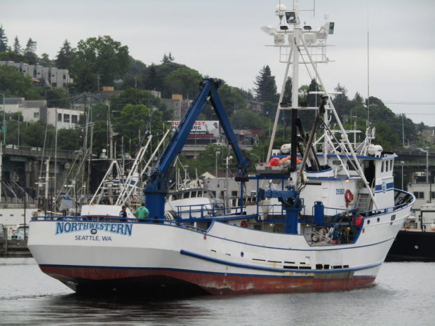 Northwestern sig hansen deadliest catch pacific for Crab fishing boat